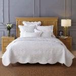 最佳绗缝选项:Calla Angel Sage Garden Luxury Pure Cotton被子