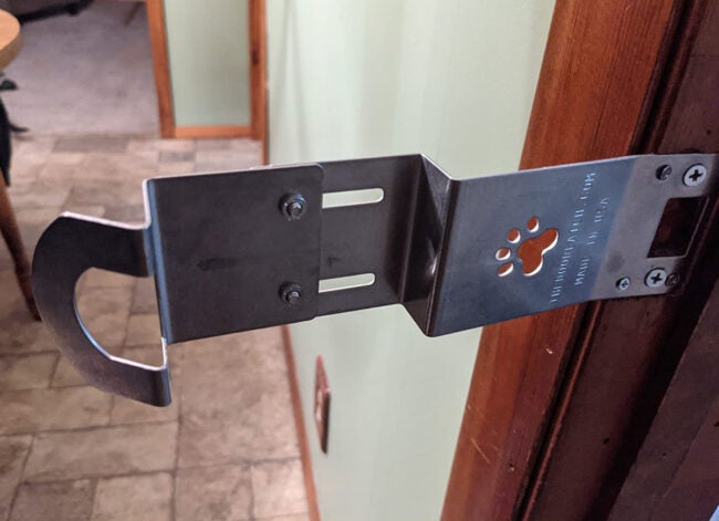 Door Latch pet door for cats