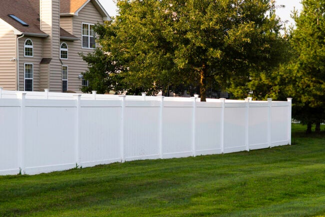How to Save Money on Privacy Fence Cost
