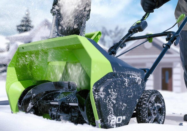 The Best Cordless Snow Blower Options