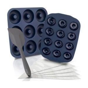 最好的甜甜圈锅选项:Chefast有机硅甜甜圈Pans Combo Kit不粘
