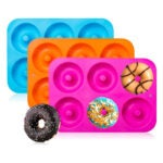 最好的甜甜圈锅选项:Gezan 3-Pack硅铝甜甜圈烤盘