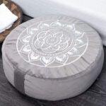 最好的冥想垫选择:Florensi冥想坐垫,大型天鹅绒凝思枕头