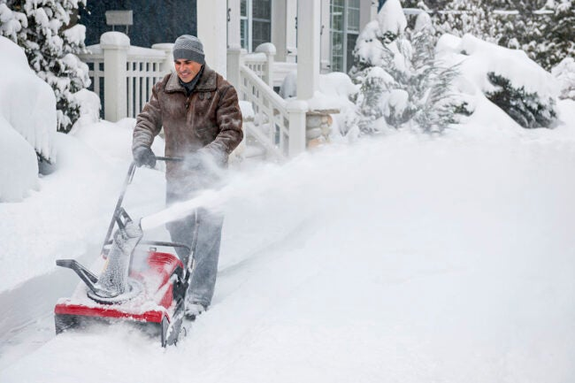 The Best Non Stick Spray for Snow Blowers Options