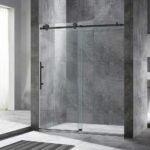 最好的无框淋浴门选项:Woodbridge无框架滑动玻璃淋浴门