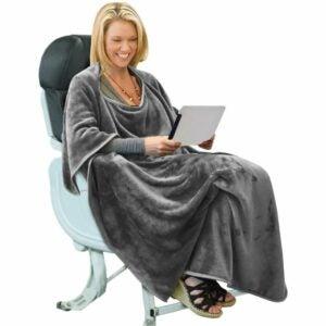 The Best Travel Blanket Options: Tirrinia Portable Wearable Blanket Airplane