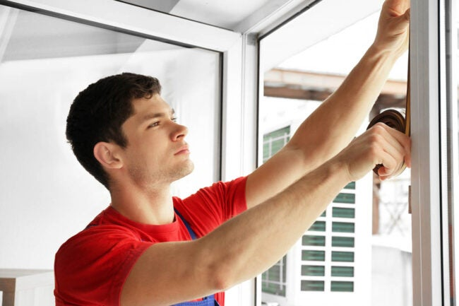 Window Prices: The Cost of DIY vs. Hiring a Professional