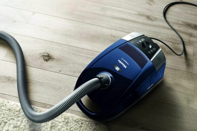 The Best Vacuum For Thick Carpet Option