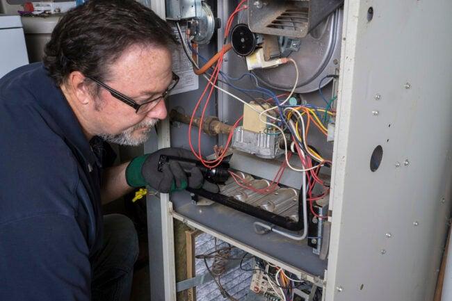 Cost of a New Furnace: DIY vs. Hiring a Professional