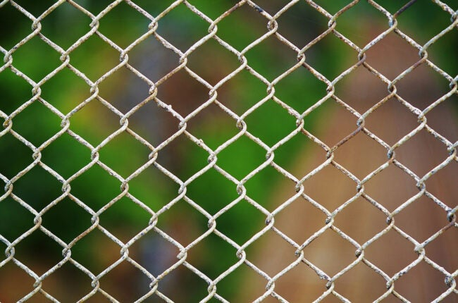 Factors in Calculating Chain Link Fence Cost