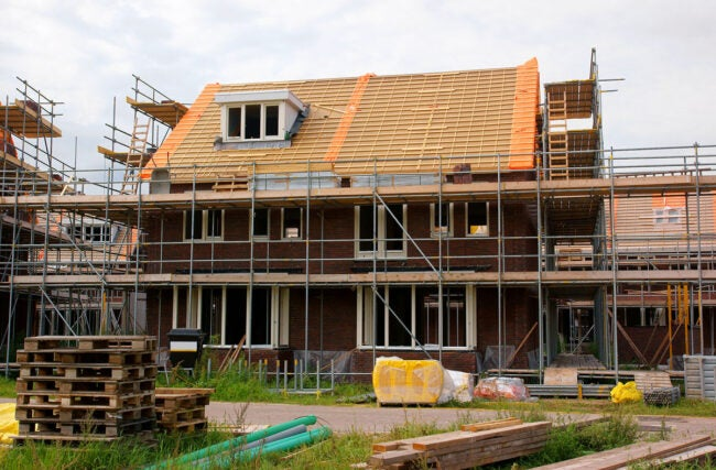 Factors in Calculating How Much It Costs to Build a House