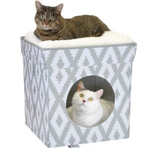 Best Cat Beds Options: Kitty City Large Cat Bed, Stackable Cat Cube