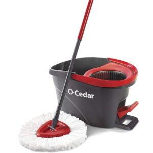 适用于乙烯基楼层的最佳拖把选项:O-CEDAR Easywring MicroFiber旋转拖把