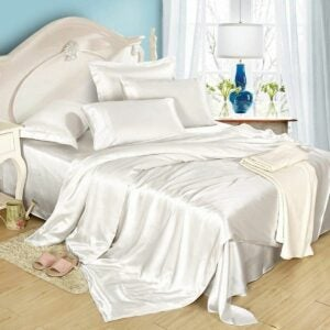 The Best Silk Sheets Option: LilySilk 4Pcs Silk Sheets 19 Momme Mulberry Raw Silk