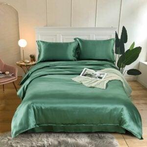 The Best Silk Sheets Option: Rachel Silk 19 Momme 4PCS Seamless Silk Bedding Set
