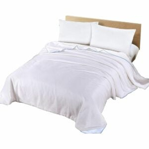 The Best Silk Sheets Option: Silk Camel Luxury Allergy-Free Comforter