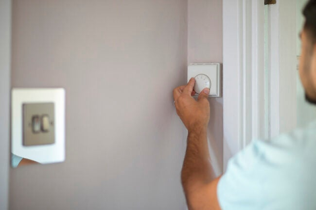 best-non-programmable-thermostat-dial
