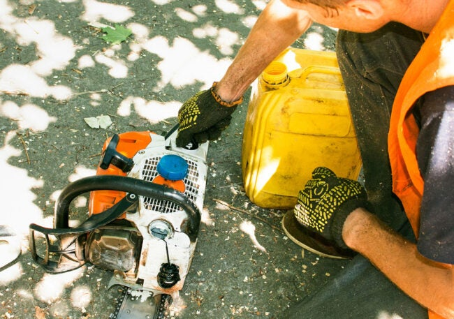 Chainsaw Won't Start: Replacing Fuel