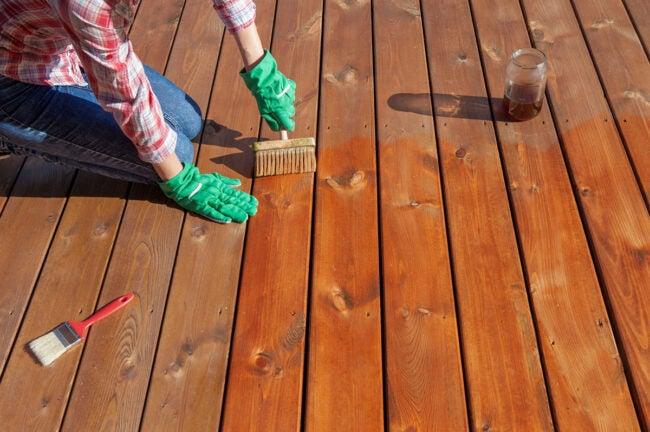 Deck Waterproofing and Applying Sealant