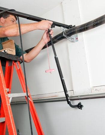 Garage Door Replacement Cost Calculating