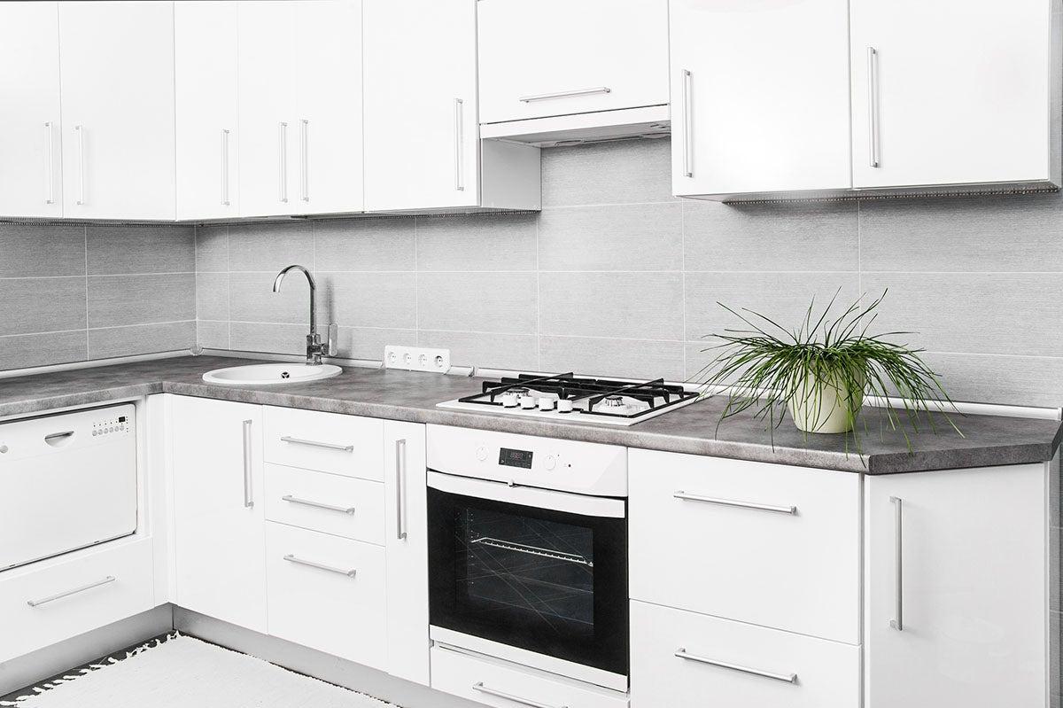 The Best Kitchen Cabinet Options For Budget Minded Diyers In 2021 Bob Vila