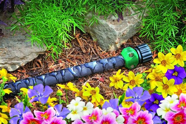 The Best Lightweight Garden Hose Options