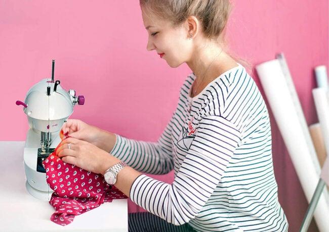 The Best Mini Sewing Machine Options