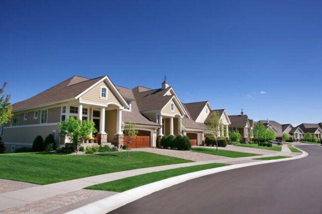Pourquoi vous devez voir une maison 3 fois avant de faire une offre le quartier