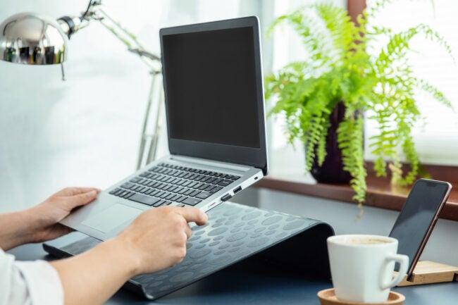 最好的笔记本电脑架