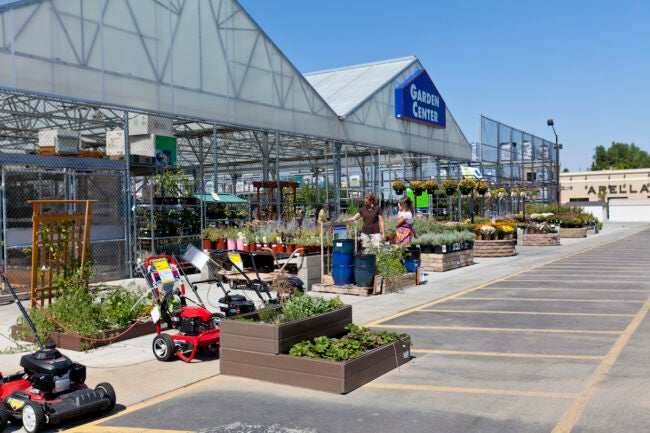 lowes garden giveaways