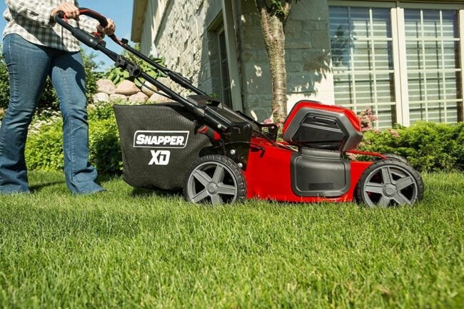 The Best Cordless Lawn Mower Option