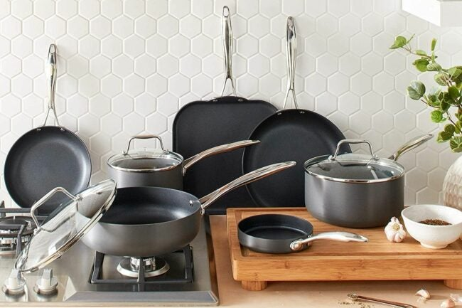 The Best Hard Anodized Cookware Option