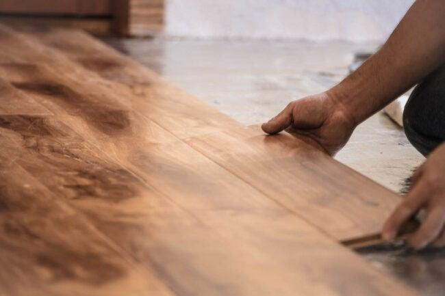 改进硬木地板的成本补充与更换