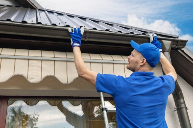Gutter Replacement When to Hire a Professional