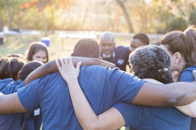 How to Start a Neighborhood Watch Why organize a neighborhood watch