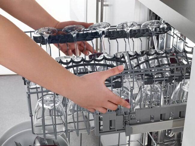 How to Unclog a Dishwasher Remove the Dishes