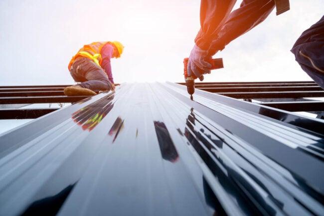 Metal Roof Cost DIY vs. Hiring a Professional