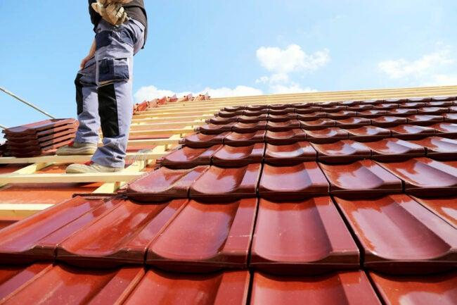屋顶更换成本我需要一个新的屋顶