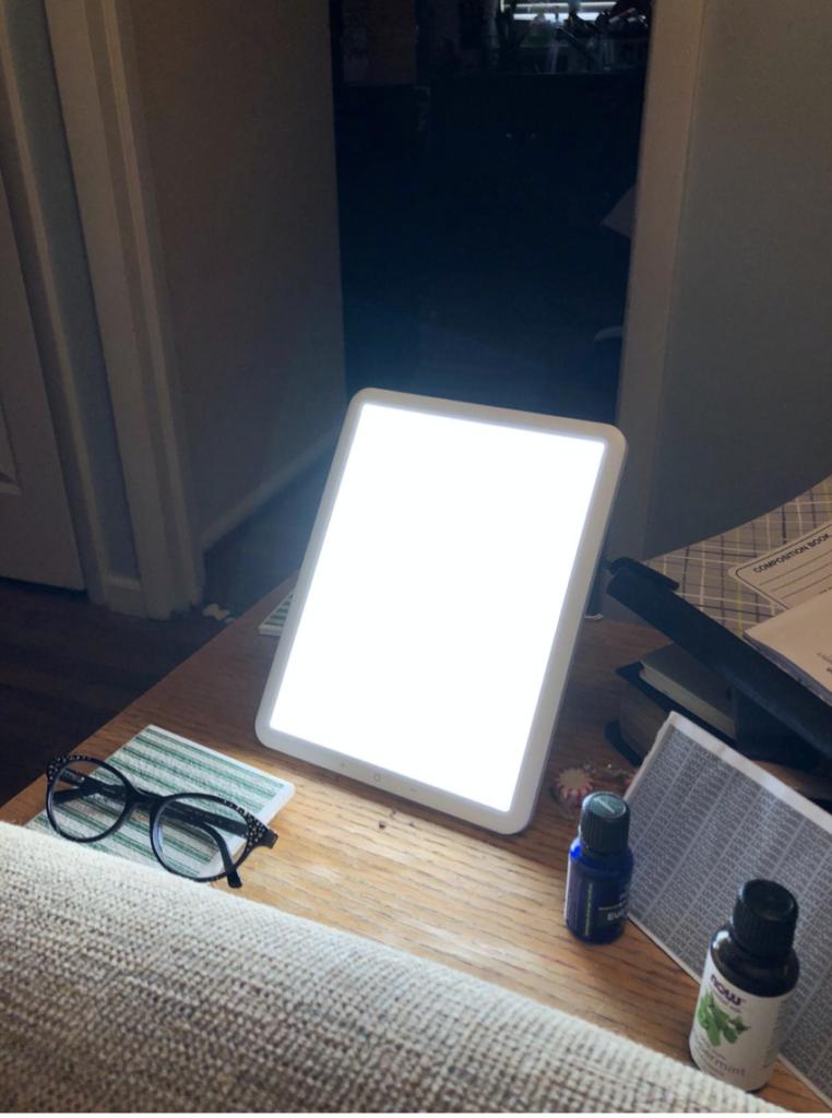 taotronics light therapy lamp