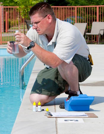 Why Is My Pool Cloudy Low Free Chlorine Levels