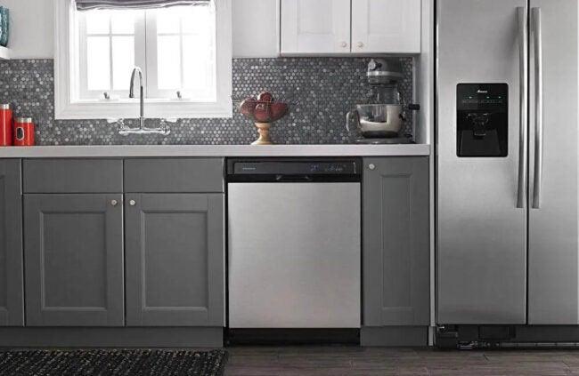 Best Dishwasher Brand Option: Amana