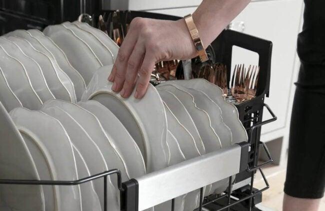 Best Dishwasher Brand Option: Cafe