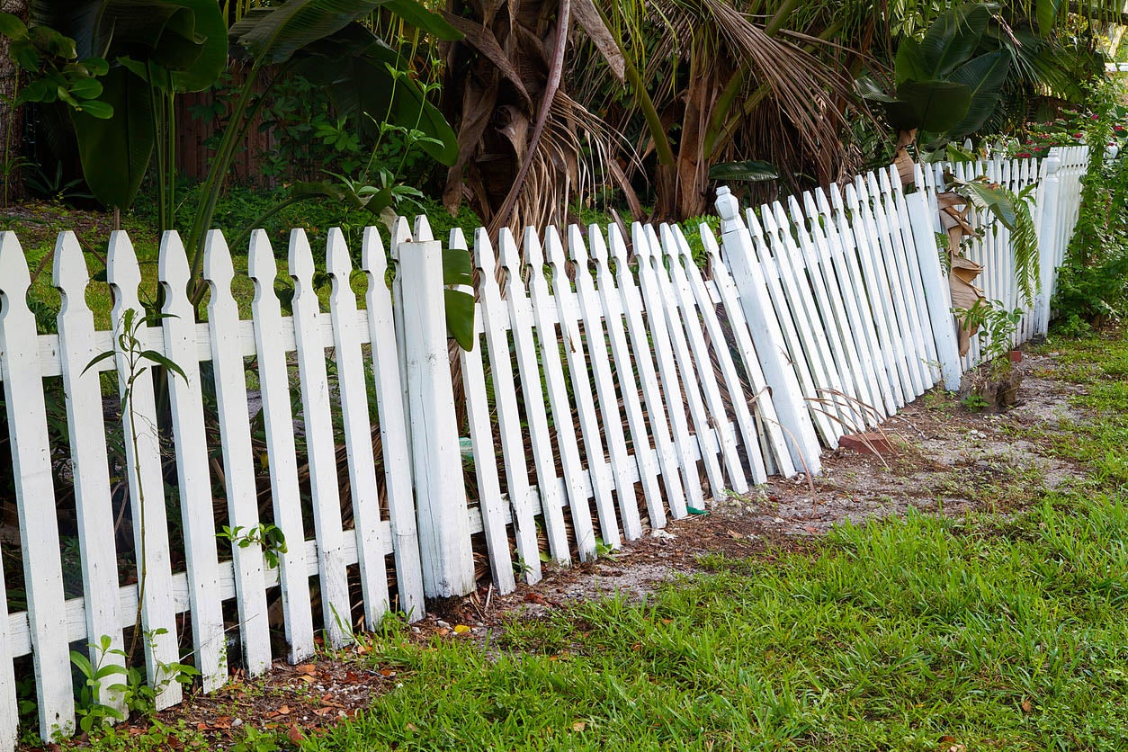How To Fix a Leaning Fence Tips and Tricks for Fence Repair