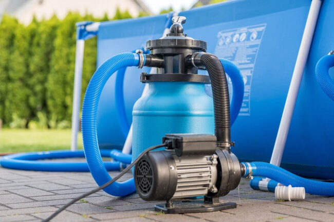 How to Maintain a Pool Backwash the Filter