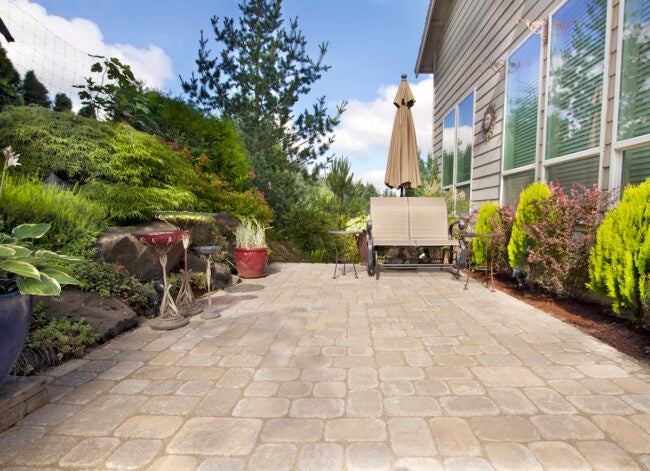 Cover Patio in Pavers