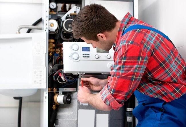 Home Warranty vs Home Insurance Repairs