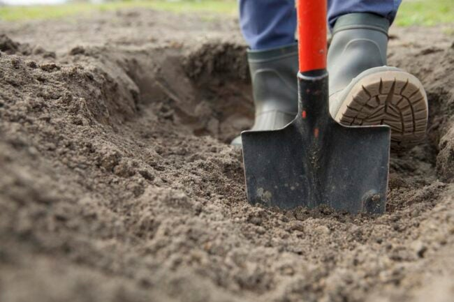 How To Level Ground For Pool Shoveling