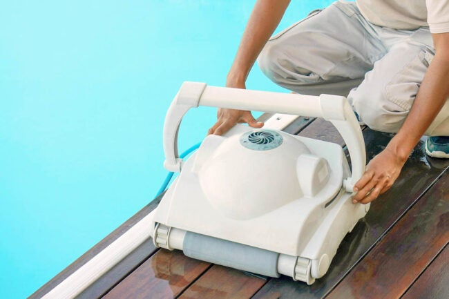 Swimming Pool Maintenance Service When to Hire a Professional