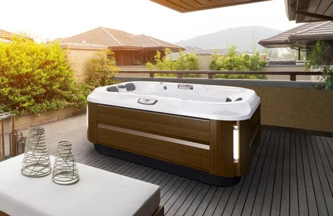 The Best Hot Tub Brand Option: Jacuzzi