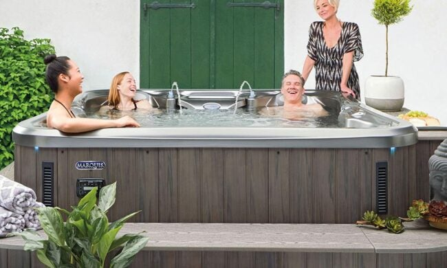 The Best Hot Tub Brand Option: Marquis Spas